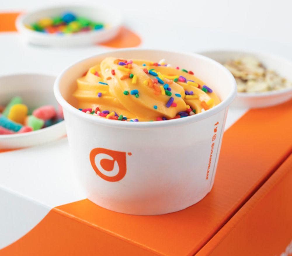Orange Leaf Frozen Yogurt: 501 W 3rd, Manhattan, KS