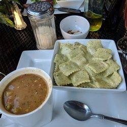 Restaurants Italian Cafes Photo Of Bueno Italiano Cafe Lodi Ca United States Ravioli With Pesto