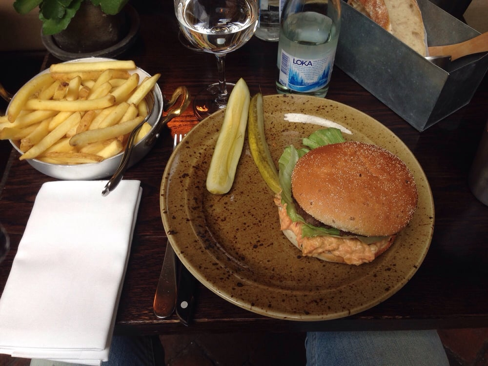 Friday is burger day. Unfortunately the presentation was weak. - Yelp