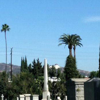 Hollywood Forever Cemetery Walking Tour - 52 Photos & 45 ...