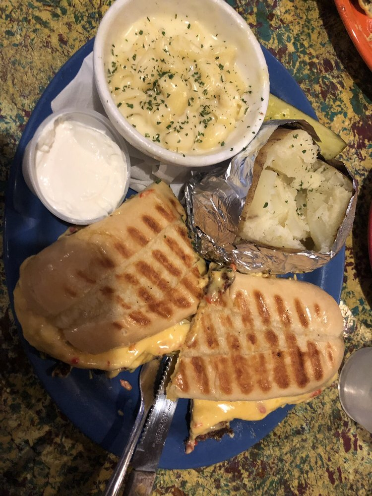Lizzie B's Cafe & Bakery: Spradlin Loop Rd, Prestonsburg, KY