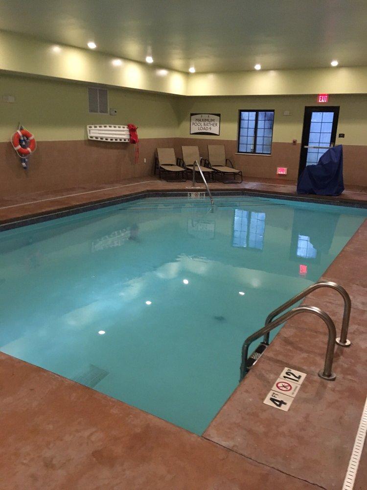 Staybridge Suites Merrillville: 8415 Louisiana St, Merrillville, IN