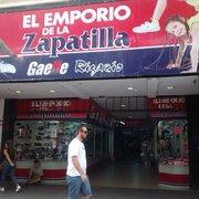 2d81097a8 El Emporio de la Zapatilla - Zapaterías - Mendoza 3898, Rosario ...