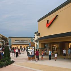 Cincinnati Premium Outlets 88 Photos 107 Reviews Outlet Stores