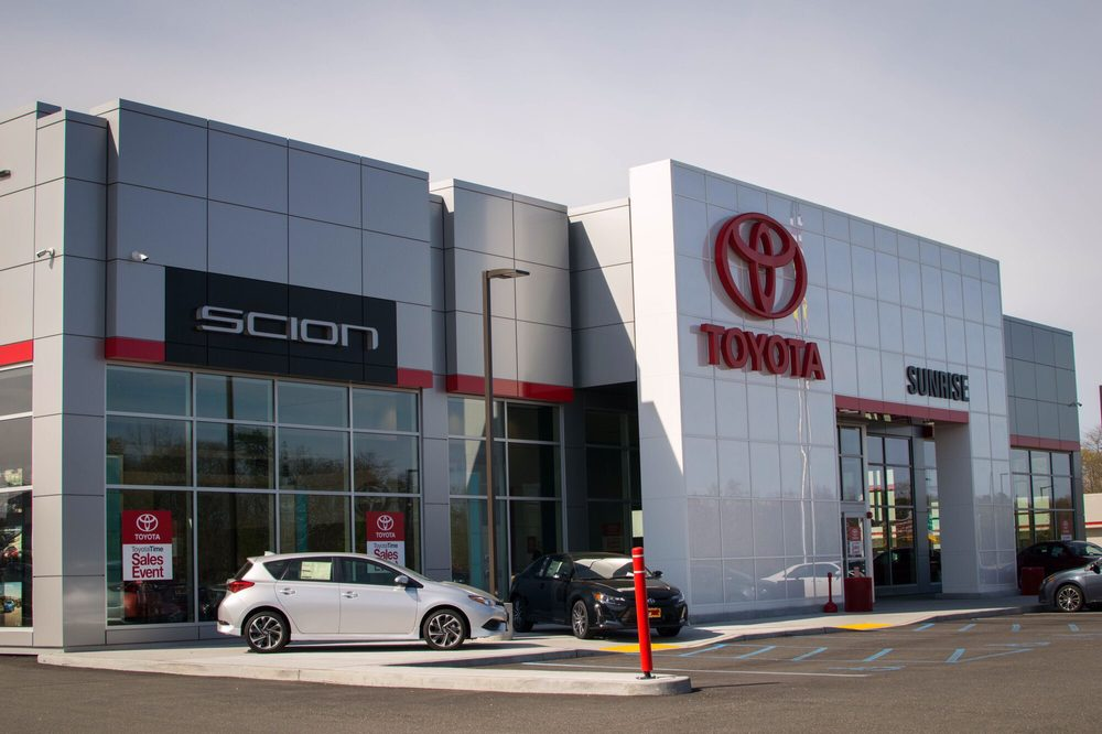 more learn dealer hollywood serving toyota of dealers me la near downtown toyotacare
