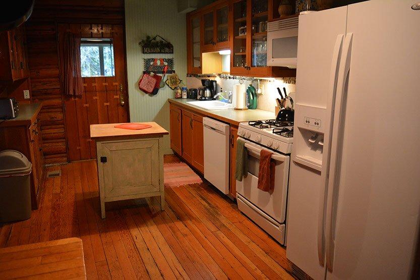Copper Creek Inn: 35707 Sr 706 E, Ashford, WA