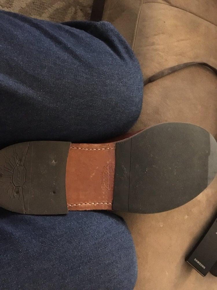 John's Shoe Repair: 12507 E Mississippi Ave, Aurora, CO