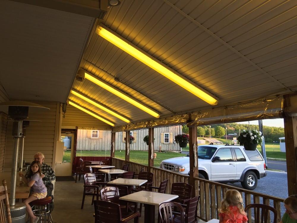 Herman's Drive-In: 50 W Weis St, Topton, PA