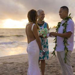 I do hawaiian weddings 139 photos 52 reviews officiants photo of i do hawaiian weddings honolulu hi united states perfect sunrise junglespirit Image collections