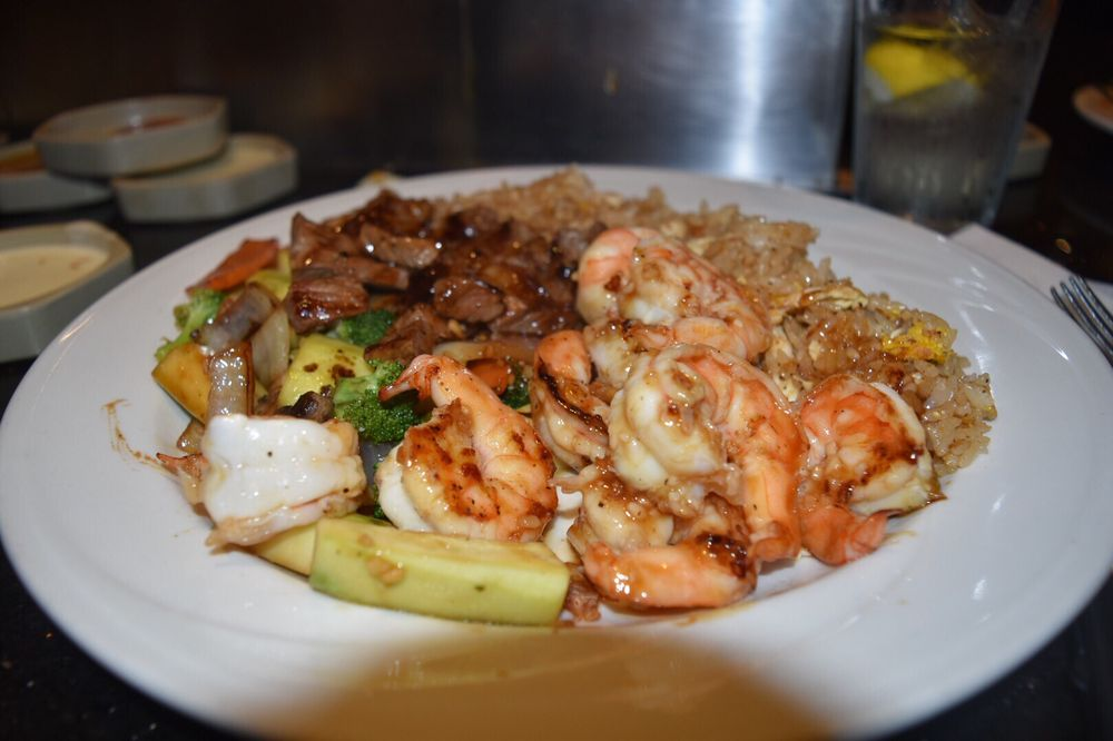 Kumo Sushi & Steakhouse: 2548 Nesconset Hwy, Stony Brook, NY