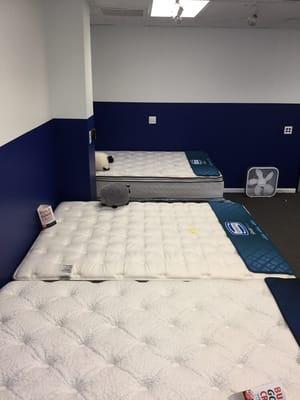 mattress nearby. hotels nearby mattress