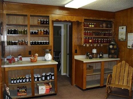 Lagniappe Market & Produce: 861 Hwy 80, Haughton, LA