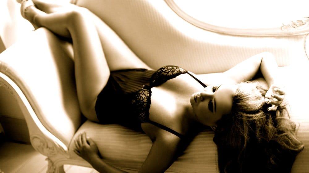 Sexiga toppar online massage happy ending stockholm