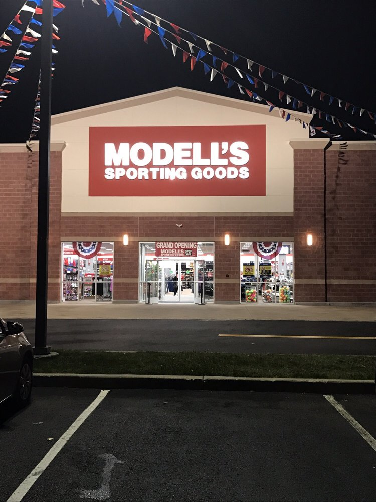 Modells Sporting Goods: 2232 Marlton Pike W, Cherry Hill, NJ