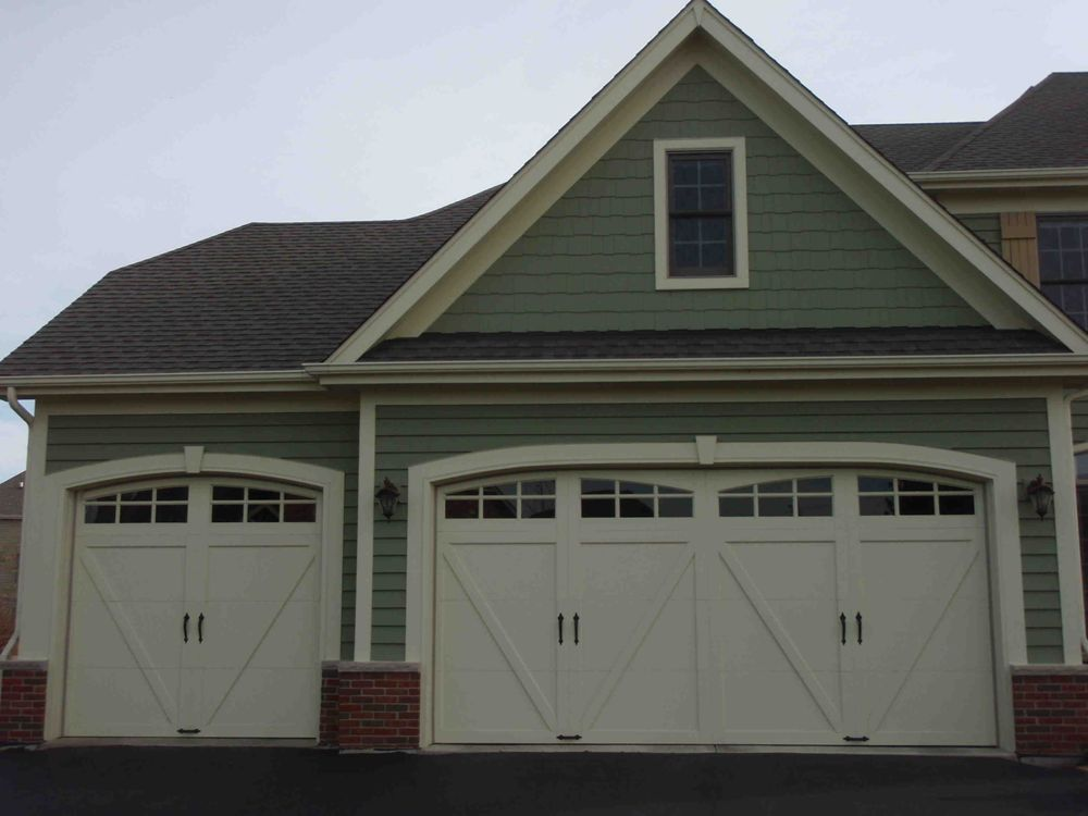 Jeremiah Garage Door: 1501 Mountainview Dr, Chesterbrook, PA