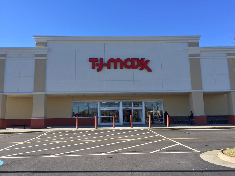 TJ Maxx Virginia Beach VA locations, hours, phone number, map and driving directions.
