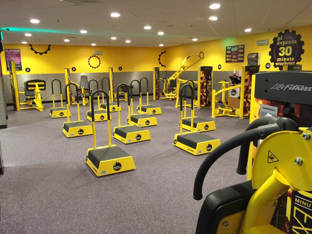 Planet Fitness 26 Photos 121 Reviews Fitness Instruction