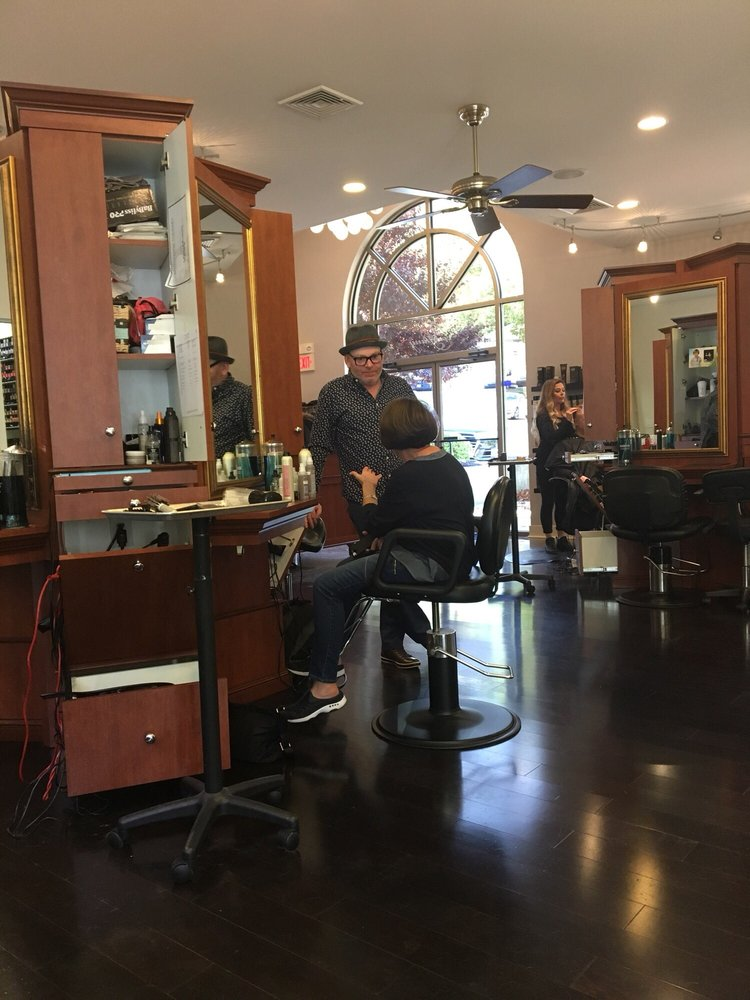 Carlee & Company Salon: 2851 S Pike Ave, Allentown, PA