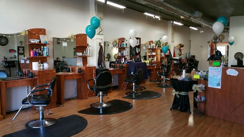 R Salon: 125 N Cloverdale Blvd, Cloverdale, CA