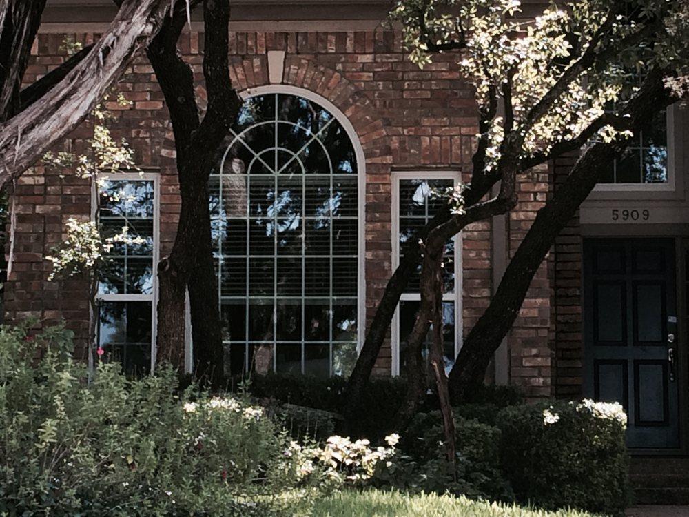 Ringer Windows: 205 Mustang Cv, Taylor, TX