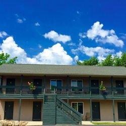 Photo Of Blue Spruce Motel Port Austin Mi United States