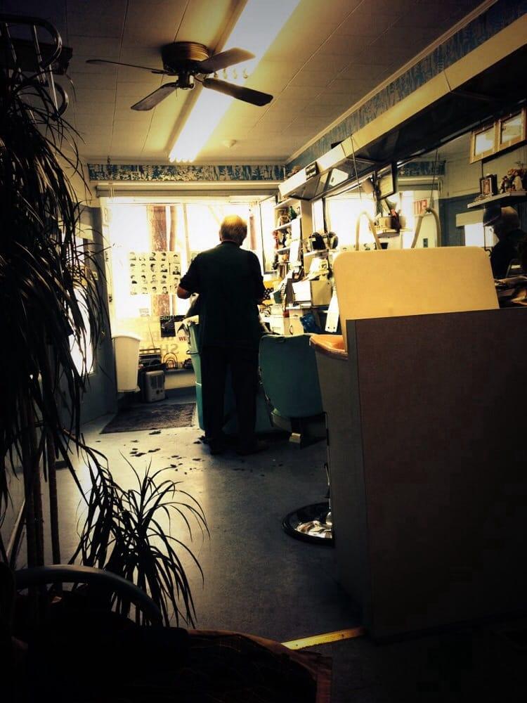Neil's Barber Shop: 32 N Sussex St, Dover, NJ