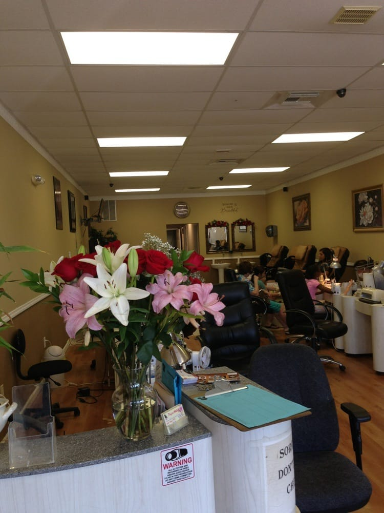 Perfect Nails: 2491 McFarland Blvd, Northport, AL