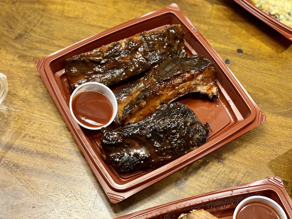 Social Spots from Wood Ranch BBQ & Grill