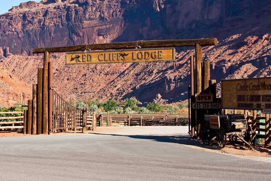 Red Cliffs Lodge: Mile 14 Hwy 128, Moab, UT