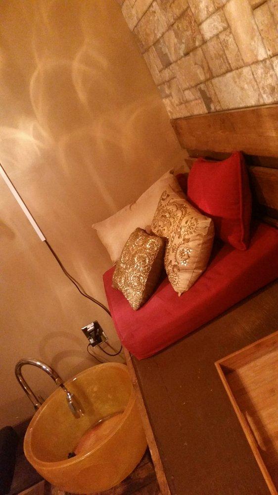 Fresh Nail Lounge & Spa: 220 Green St, Syracuse, NY