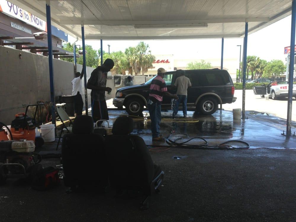 Jean Car Wash: 5390 NE 2nd Ave, Miami, FL