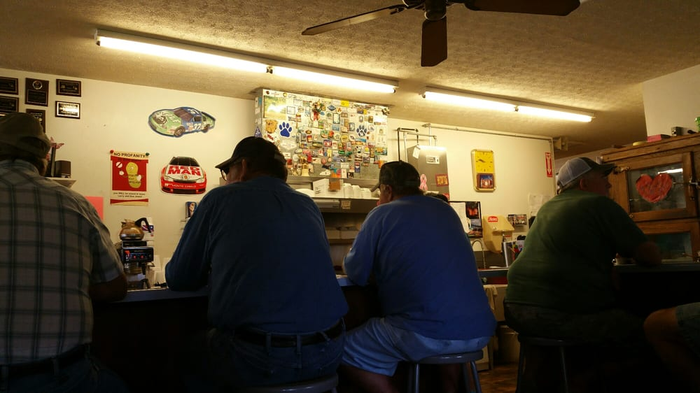 Wigwam General Store: Hwy 218 & 31 E, Horse Cave, KY