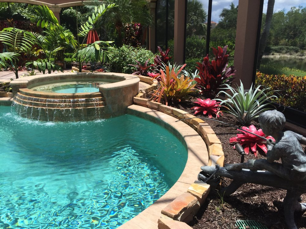 Seabreeze landscape services1 26 fotos for Lanai garden designs