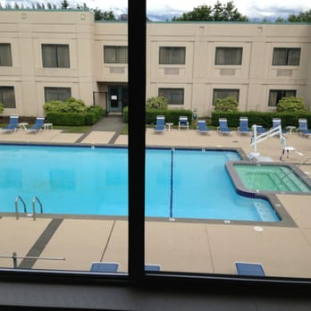 Photo Of Country Inn Suites Bothell Wa United States View Out