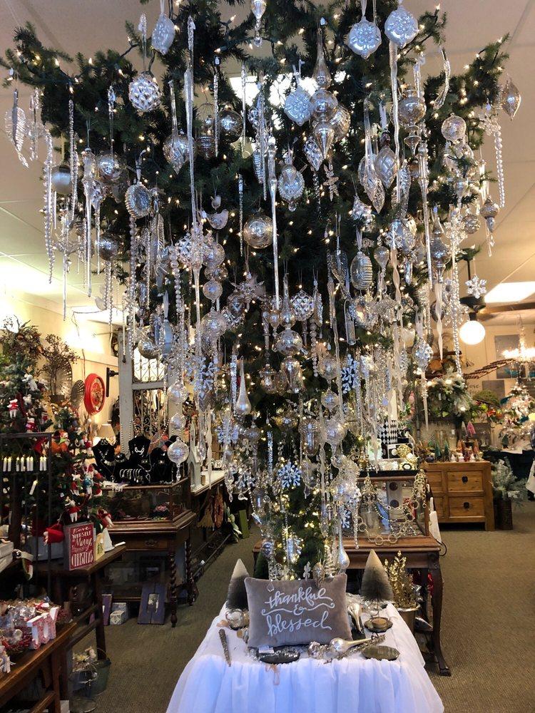 The Shop: 210 Cholokka Blvd, Micanopy, FL