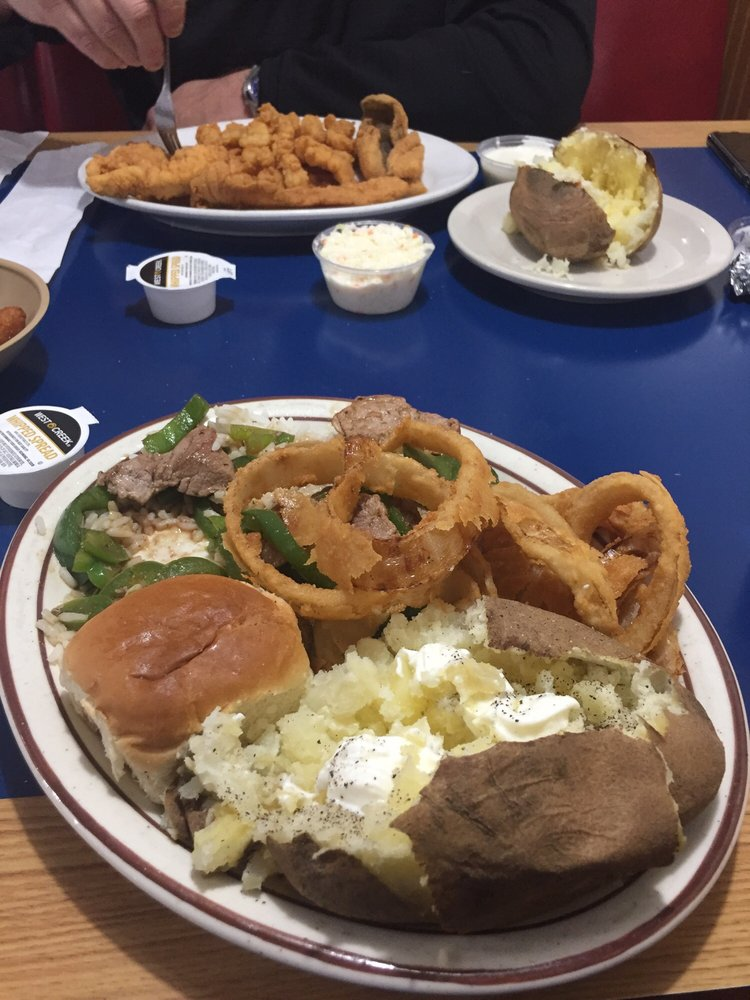 Captain's Galley: 5135 Taylorsville Hwy, Stony Point, NC
