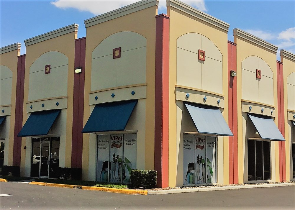 VIPet Resort: 6600 Kingspointe Pkwy, Orlando, FL