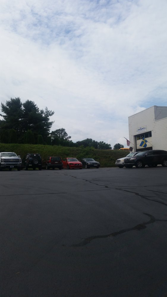 Integrity Automotive Services: 1246 E Newport Rd, Lititz, PA