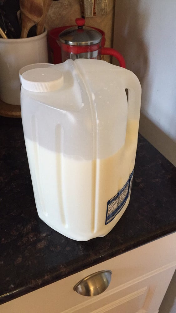 New Costco milk jug design is terrible! Spills/drips every