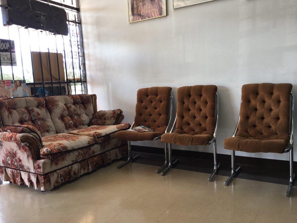 Kings beauty salon: 12751 East Fwy, Houston, TX