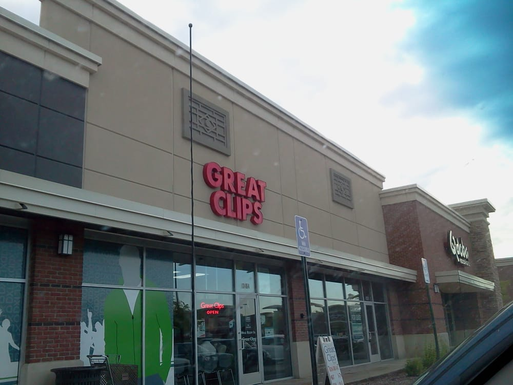 Great Clips: 3464 Fairlane Dr, Allen Park, MI