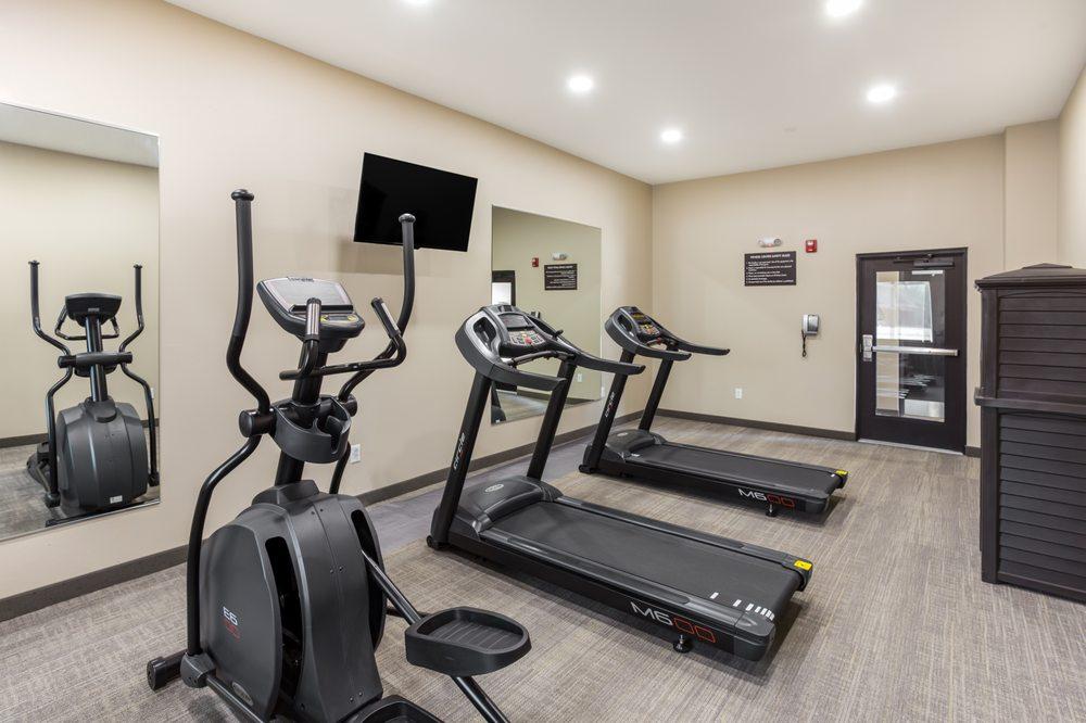 MainStay Suites Logan Ohio-Hocking Hills: 12830 Grey Street, Logan, OH
