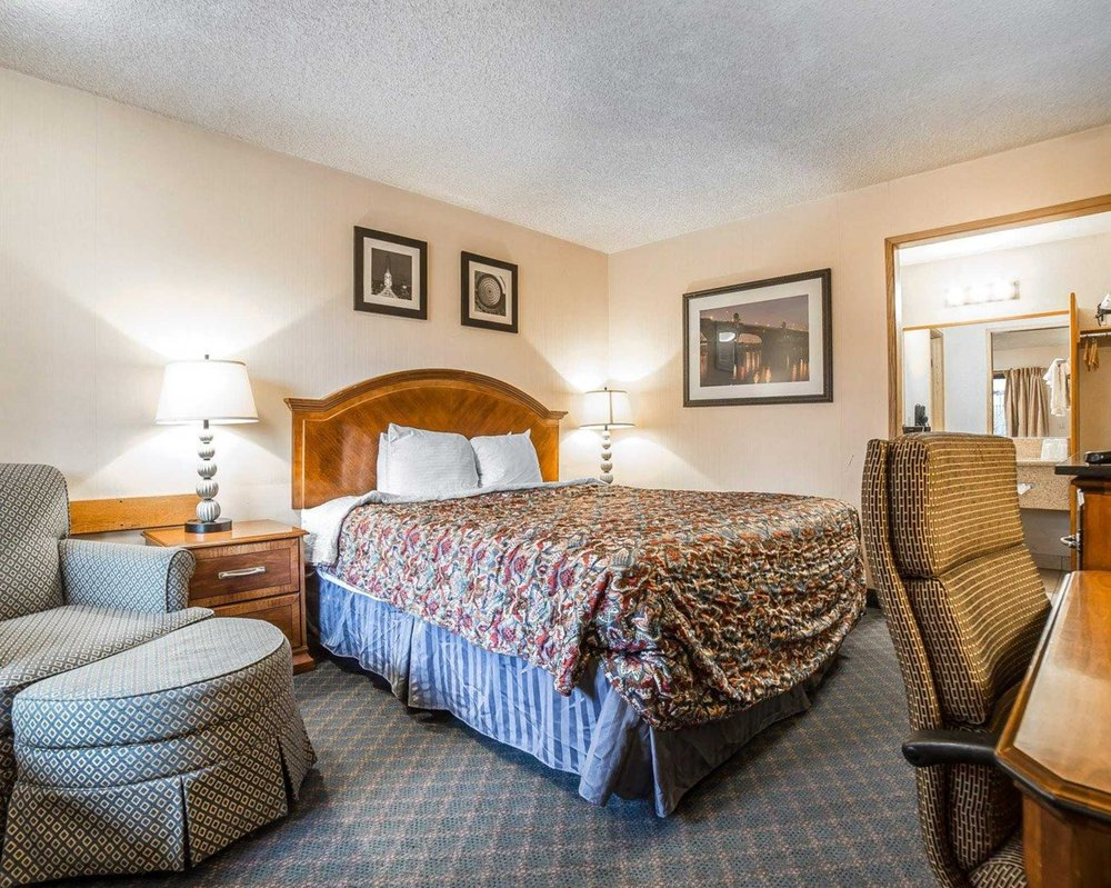 rodeway inn 27 photos 27 reviews hotels 810 campbell st