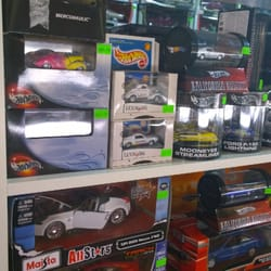 the miniature car dealer toy stores 1501 pike pl downtown seattle wa phone number yelp. Black Bedroom Furniture Sets. Home Design Ideas