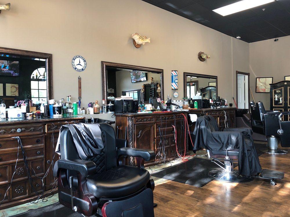 The Lodge Barber Shop: 16 Village Ln, Colleyville, TX
