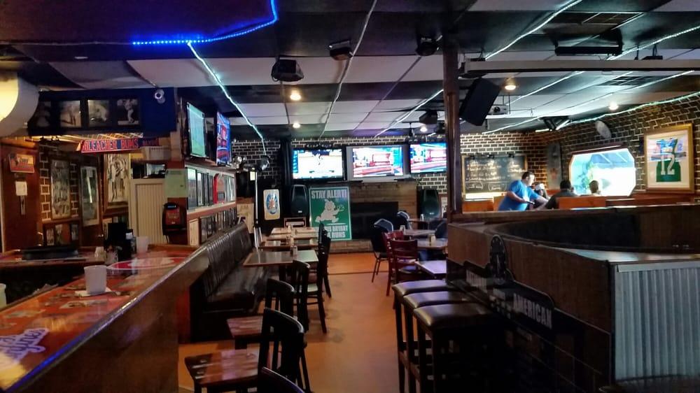 Get-A-Way Grill and Cubbie Bar: 9489 Red Arrow Hwy, Bridgman, MI