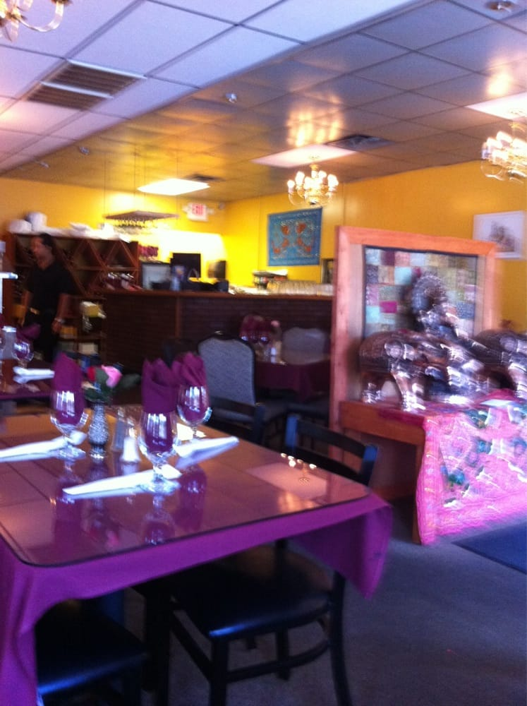 Taste of india dinning room yelp for Aangan indian cuisine