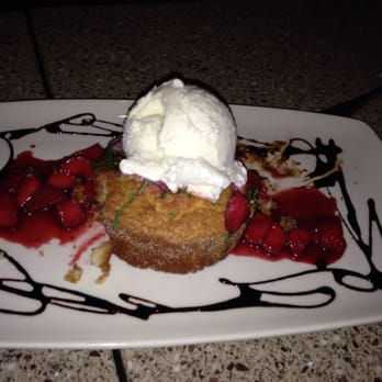 Butter Rum Cake At Lazy Dog