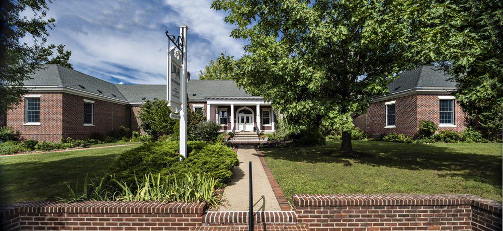 Library of the Chathams: 214 Main St, Chatham, NJ