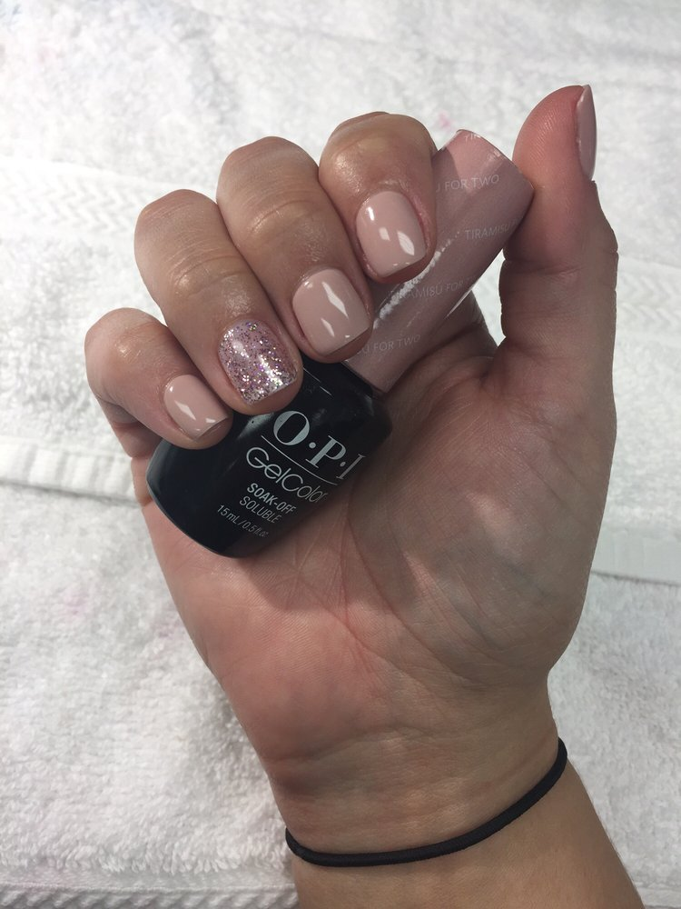 Another great gel manicure by Jackie! OPI \